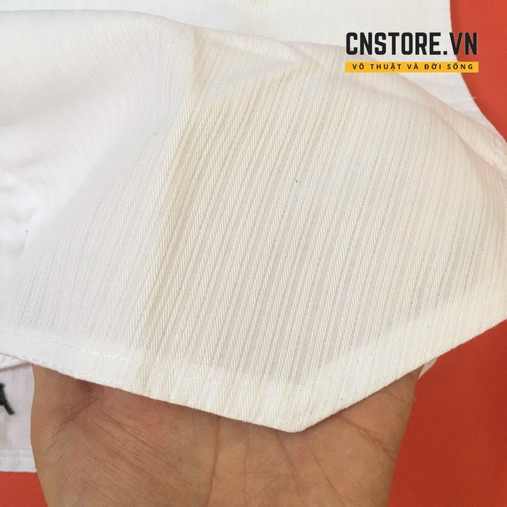 quần áo võ taekwondo cổ đỏ đen