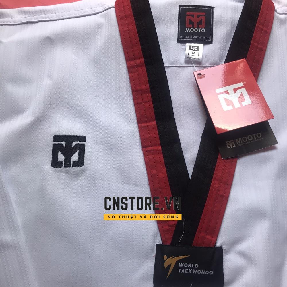 võ phục taekwondo vải sọc cổ đỏ đen